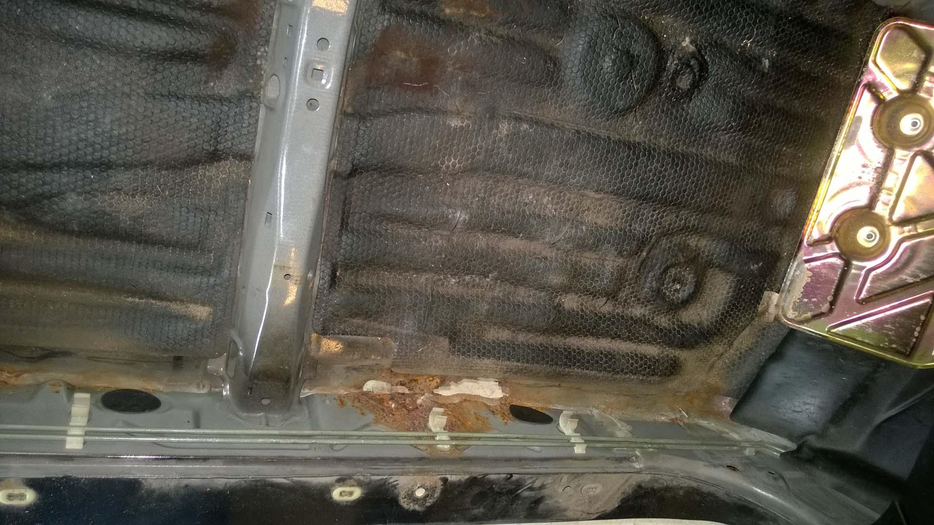 Rust Between the Rockers and the Floor Pan