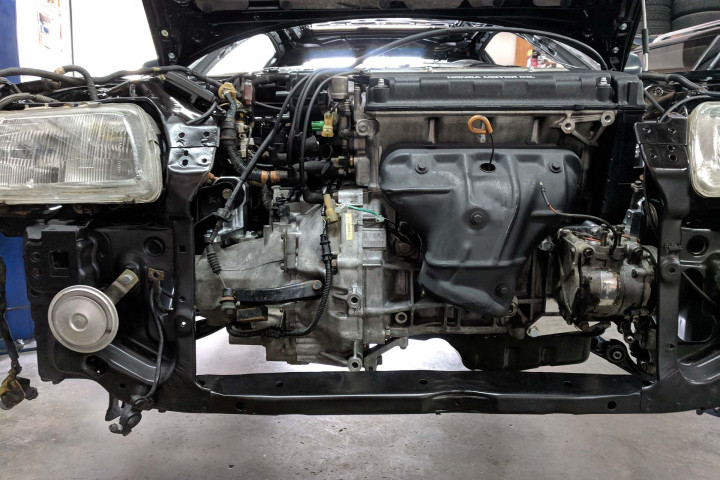 B16A Engine Installation by Innovative MotorworkBs
